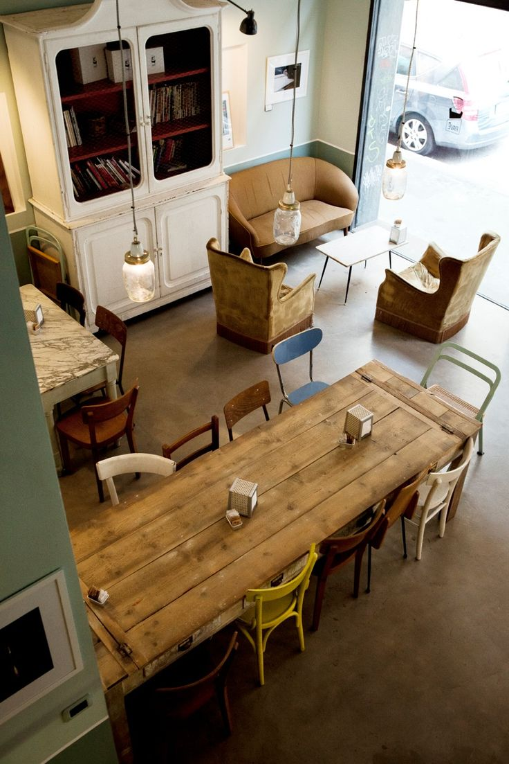 8 Tips On Choosing Cosy Extendable Dining Room Tables For Big Families