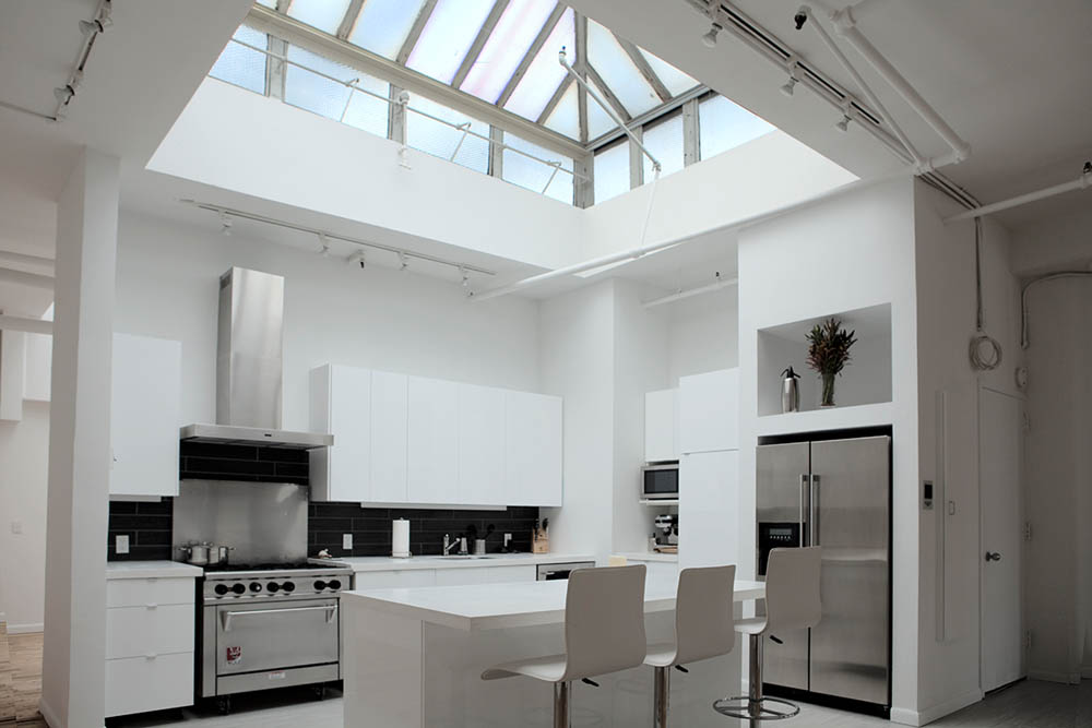 Inspirational Ways To Bring Natural Light Into Your Living Room