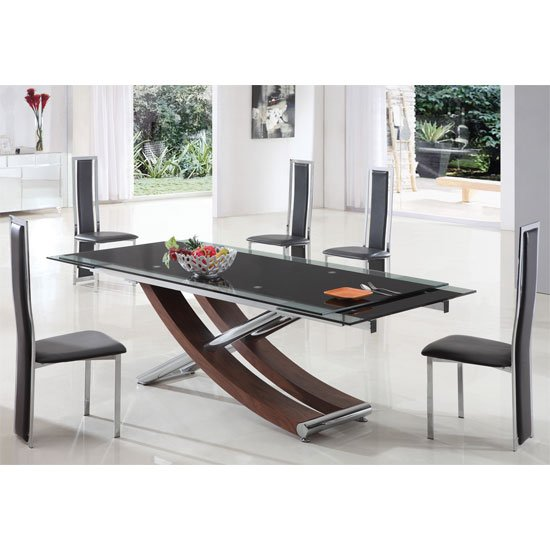 Pros And Cons Of Designer Tables And Chairs