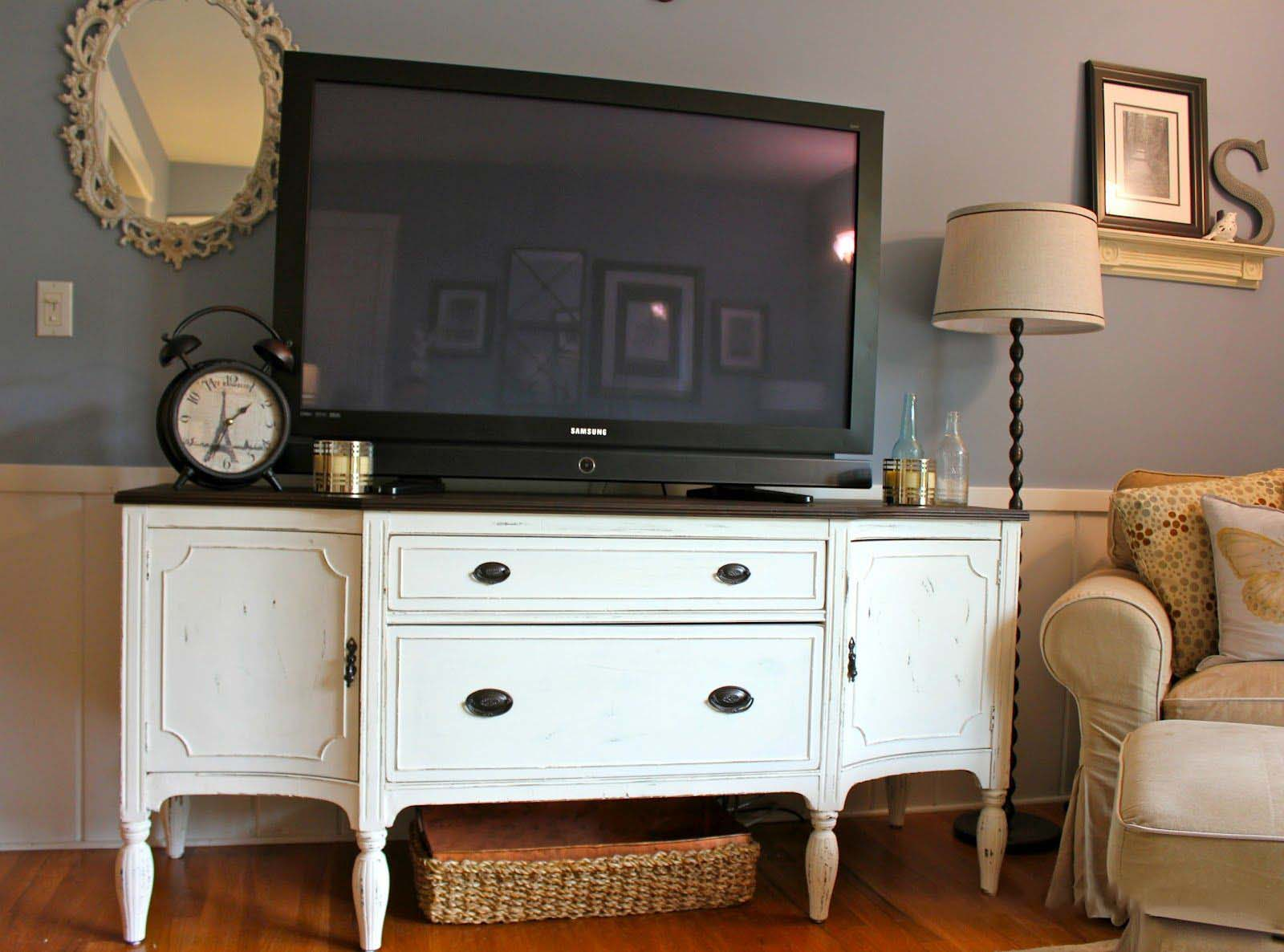 Can I Use a Sideboard as a TV Stand?