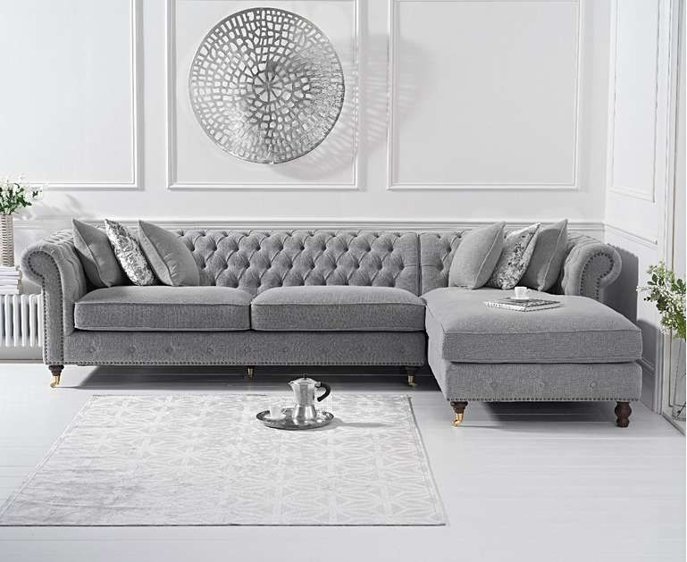 Popular Sofa Arrangements to Maximize Your Living Room Layout